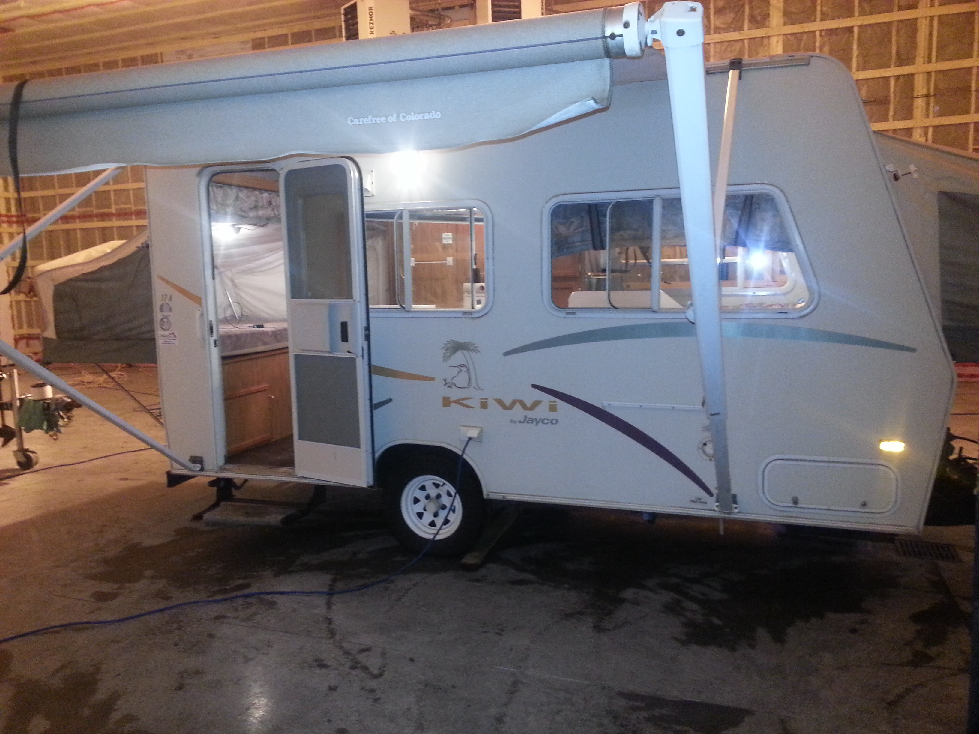 2001 Jayco Kiwi 17A Set up in heated shop!  SOLD!